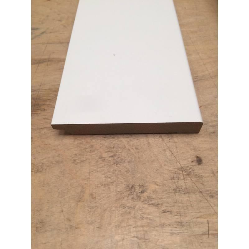 MDF plint, Wit gegrond,15 x 90 mm.